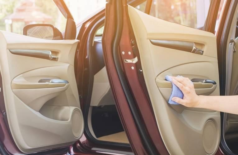 Jakie kosmetyki samochodowe warto posiadać?